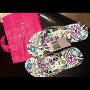 Nwt Vera Bradley flip flops size M